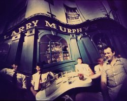 0866 - Larry Murrphy bar 1