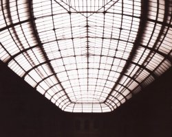 0454 - glass roof of the art school of Paris